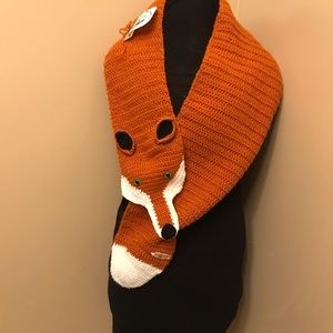 Scarf fox L
